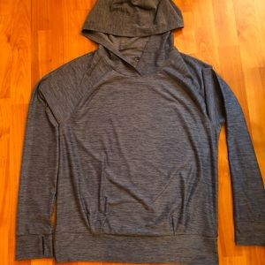 The North Face women's flash dry hoodie size M